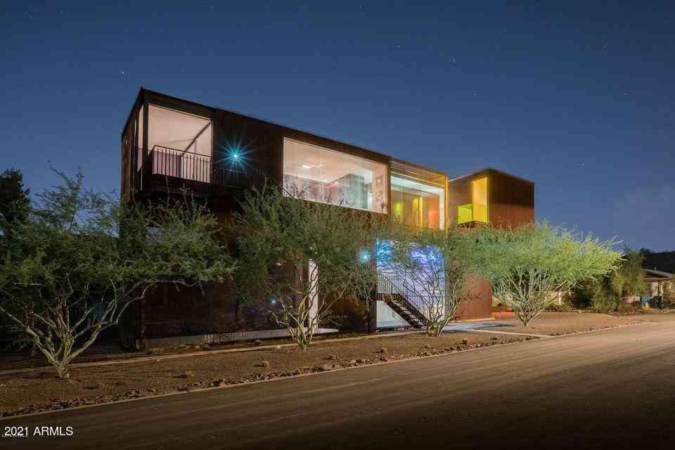 1441 E SUNNYSIDE Drive, Phoenix, AZ, 85020,