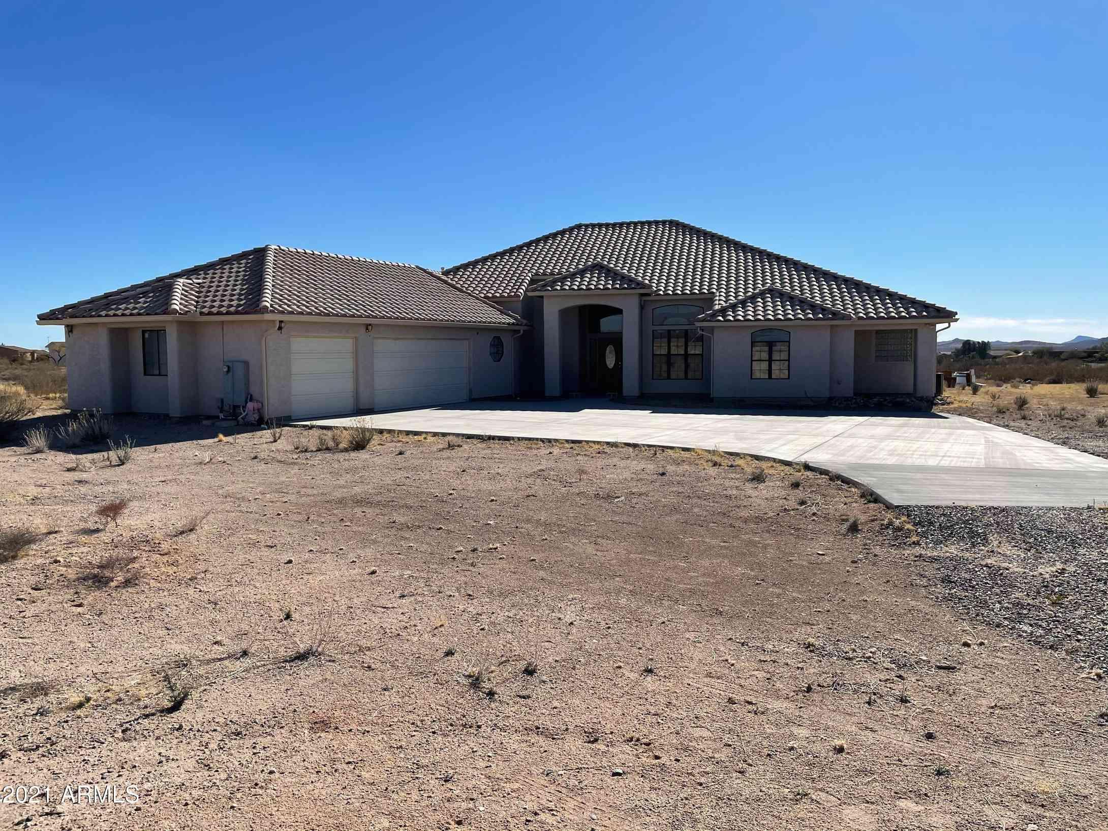 21315 W VISTA ROYALE Drive, Wickenburg, AZ, 85390,