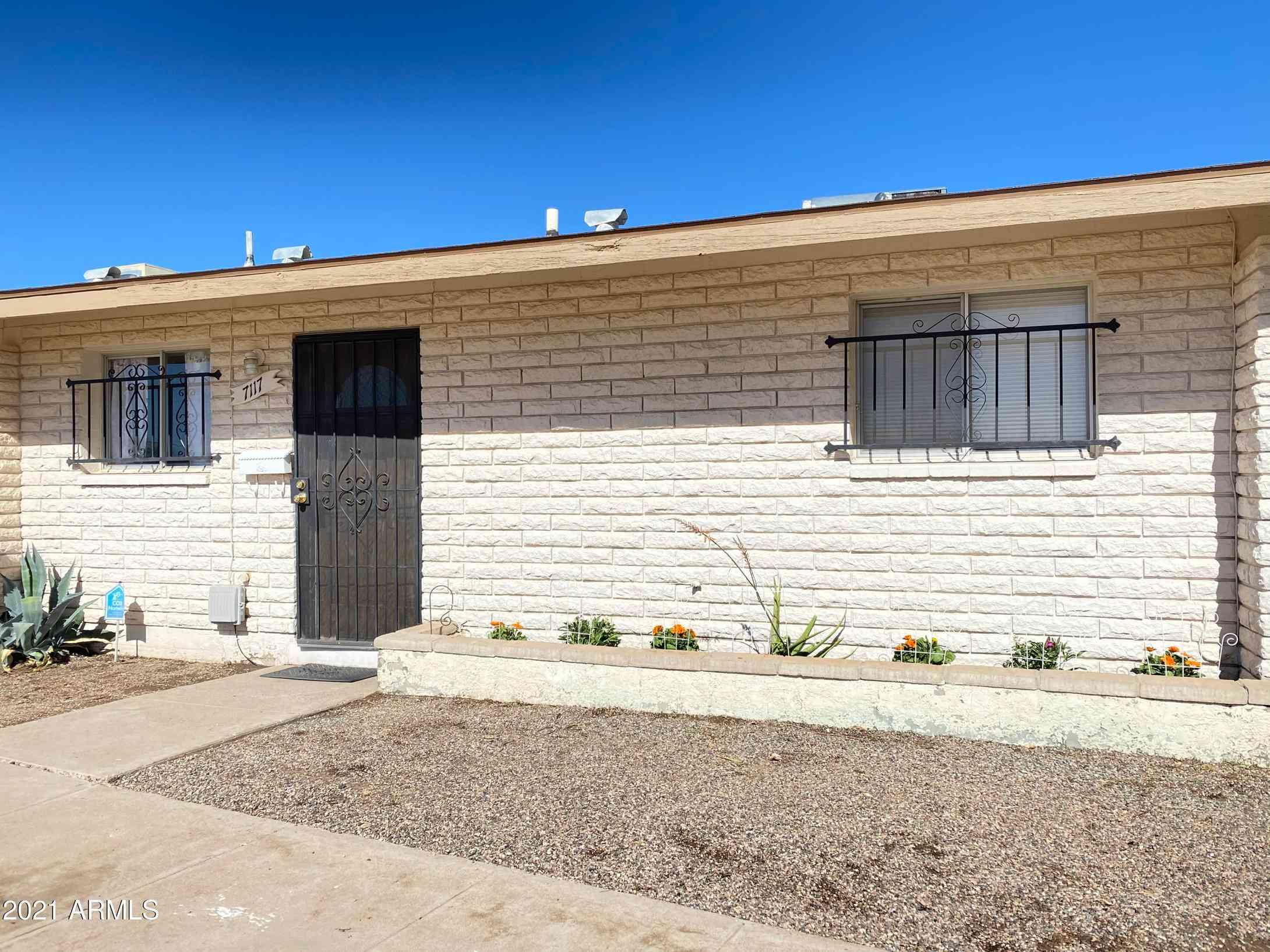 7117 W MINNEZONA Avenue, Phoenix, AZ, 85035,