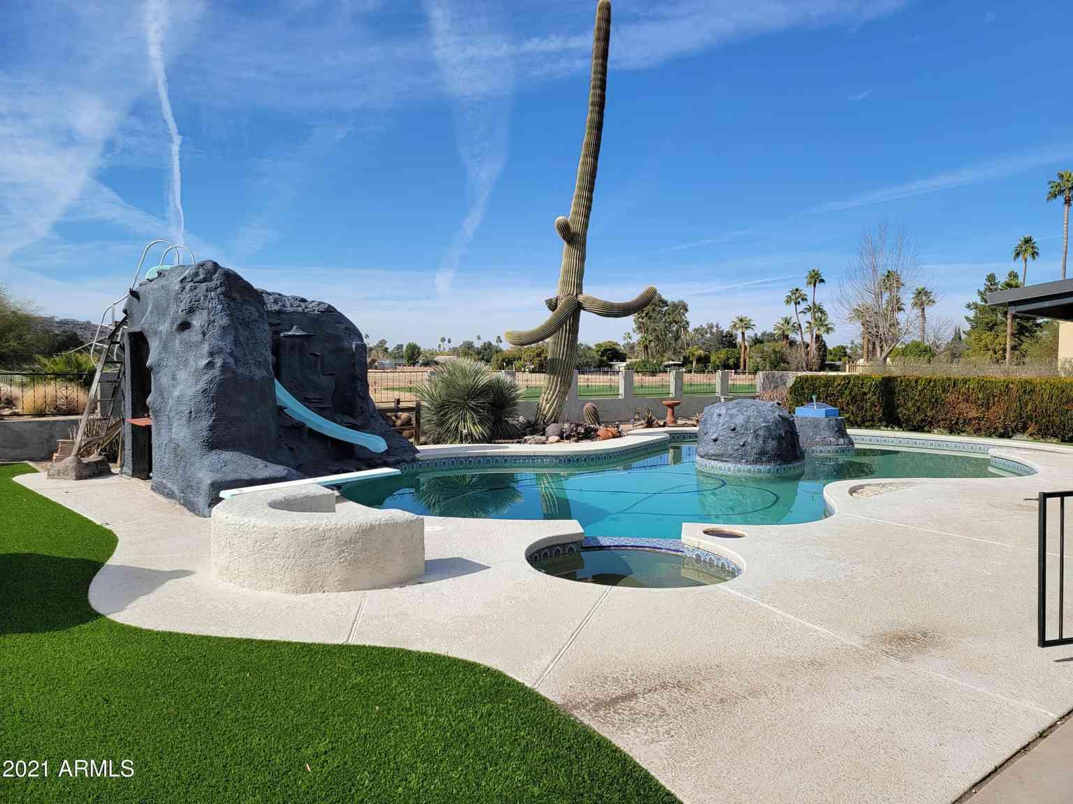 14350 N MEDINAN Drive, Phoenix, AZ, 85022,