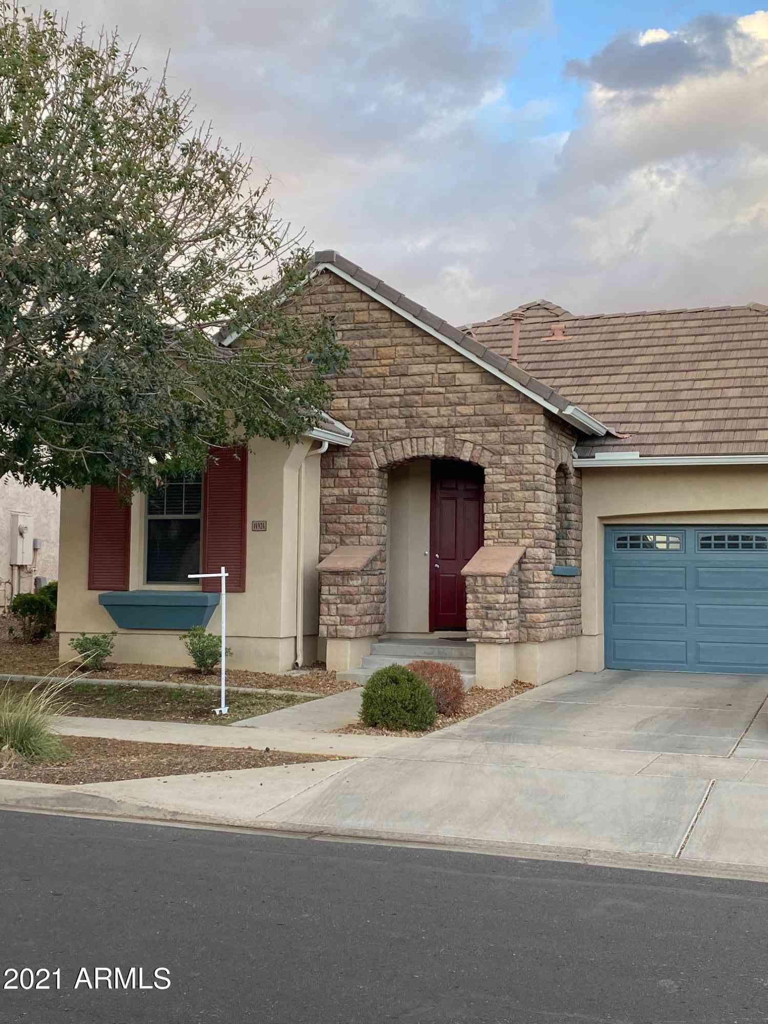 14924 W VOLTAIRE Street, Surprise, AZ, 85379,
