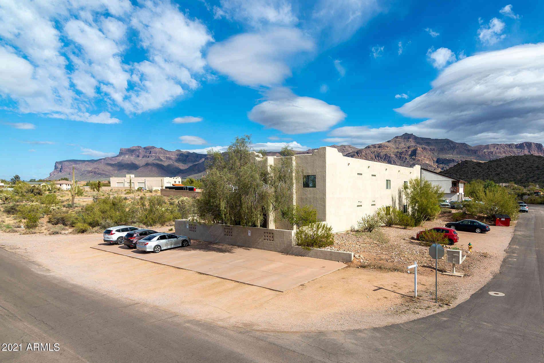 10396 E LA PALMA Avenue, Gold Canyon, AZ, 85118,