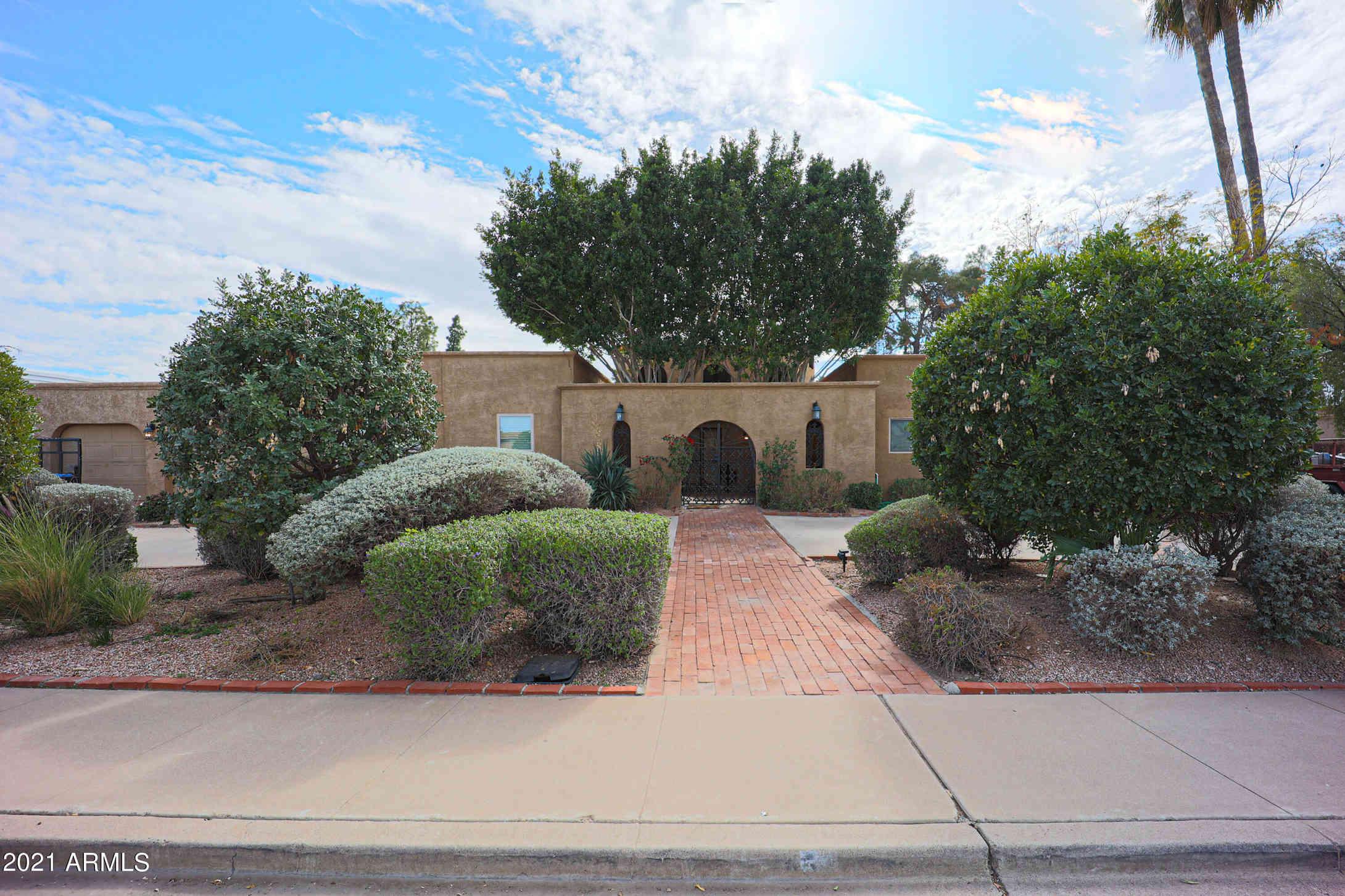 2145 E GLENCOVE Street, Mesa, AZ, 85213,