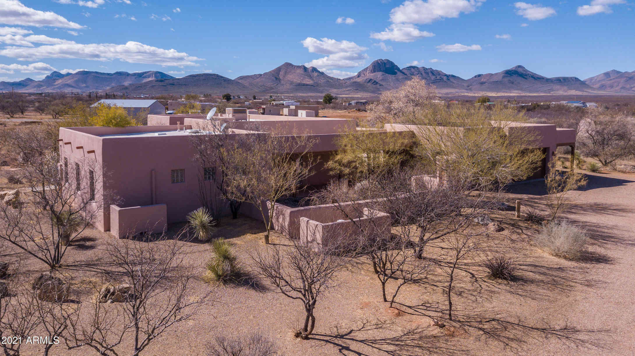315 W SUNSET Road, Huachuca City, AZ, 85616,