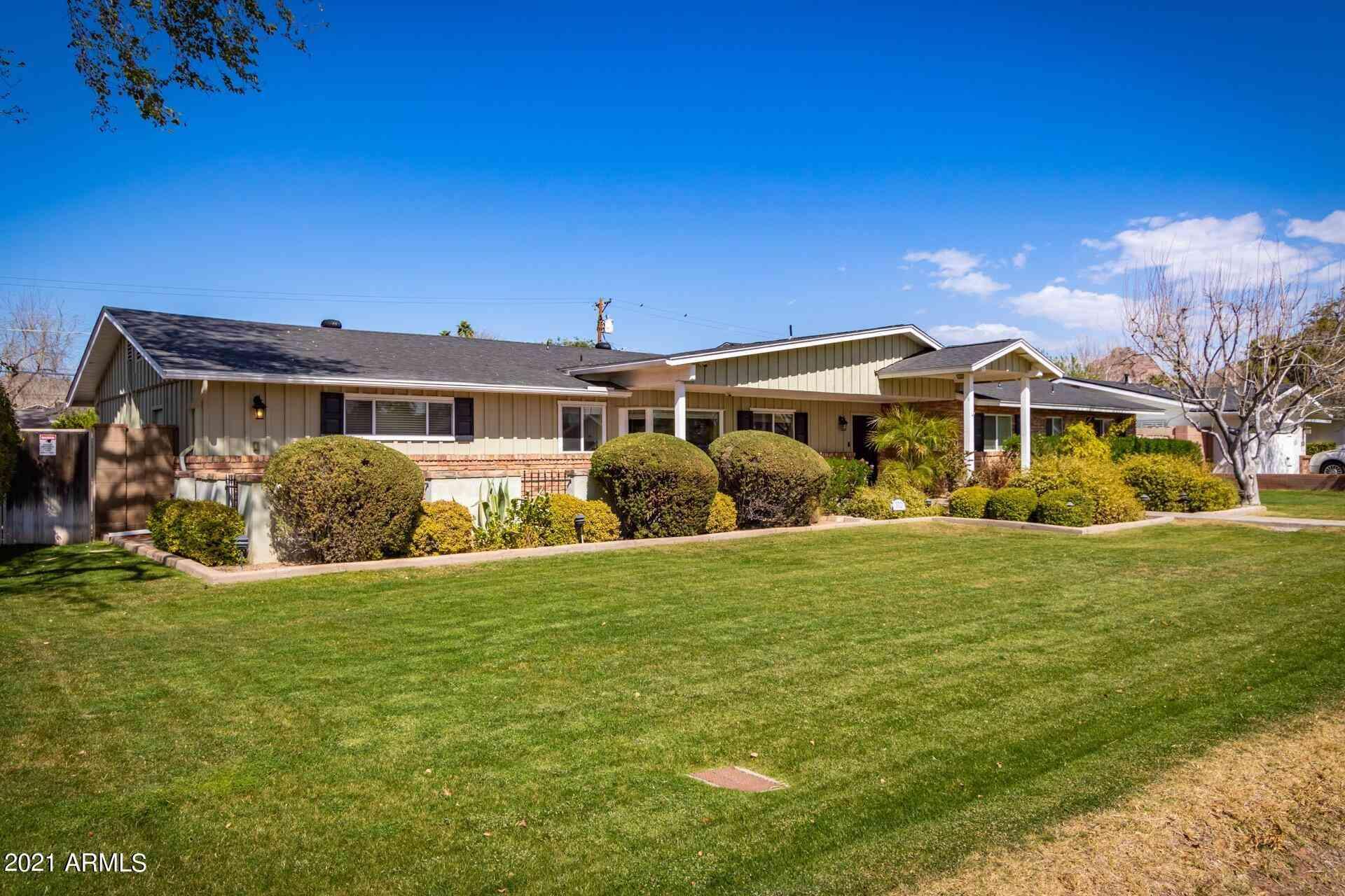 3712 E HIGHLAND Avenue, Phoenix, AZ, 85018,
