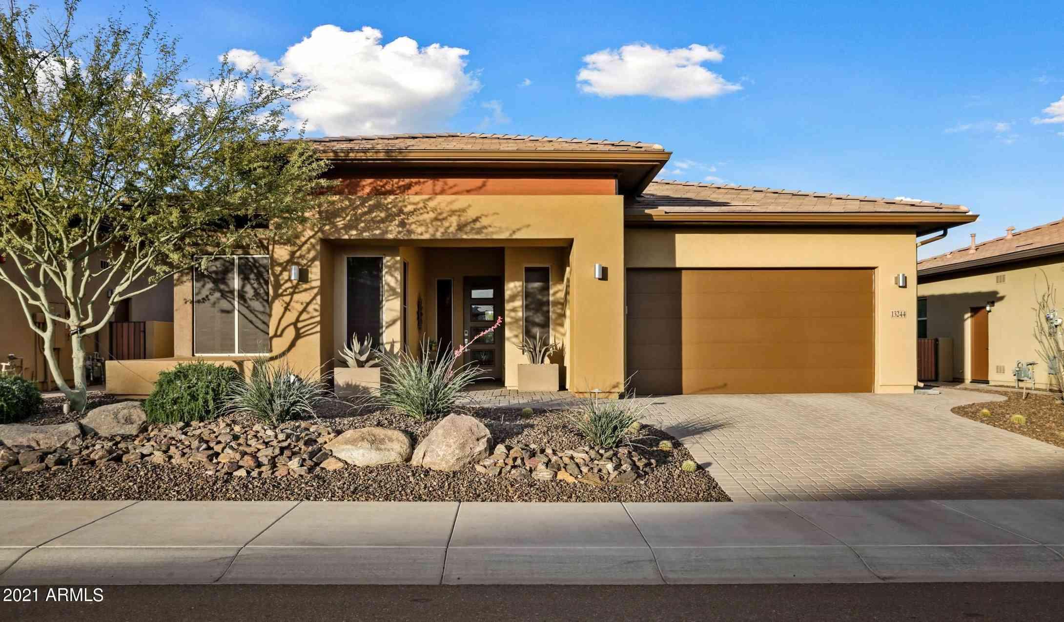 13244 W DOMINO Drive, Peoria, AZ, 85383,