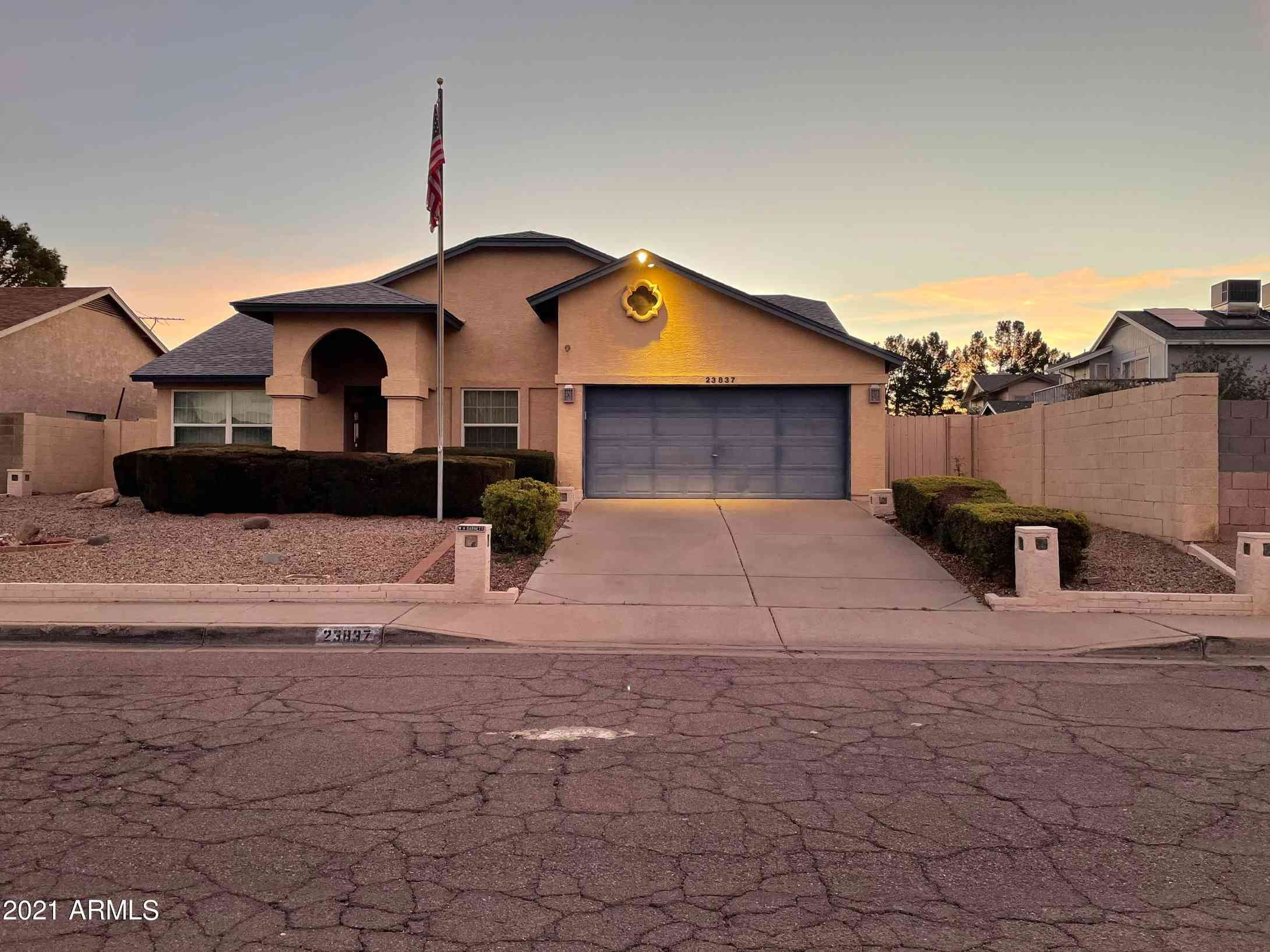 23837 N 40TH Drive, Glendale, AZ, 85310,