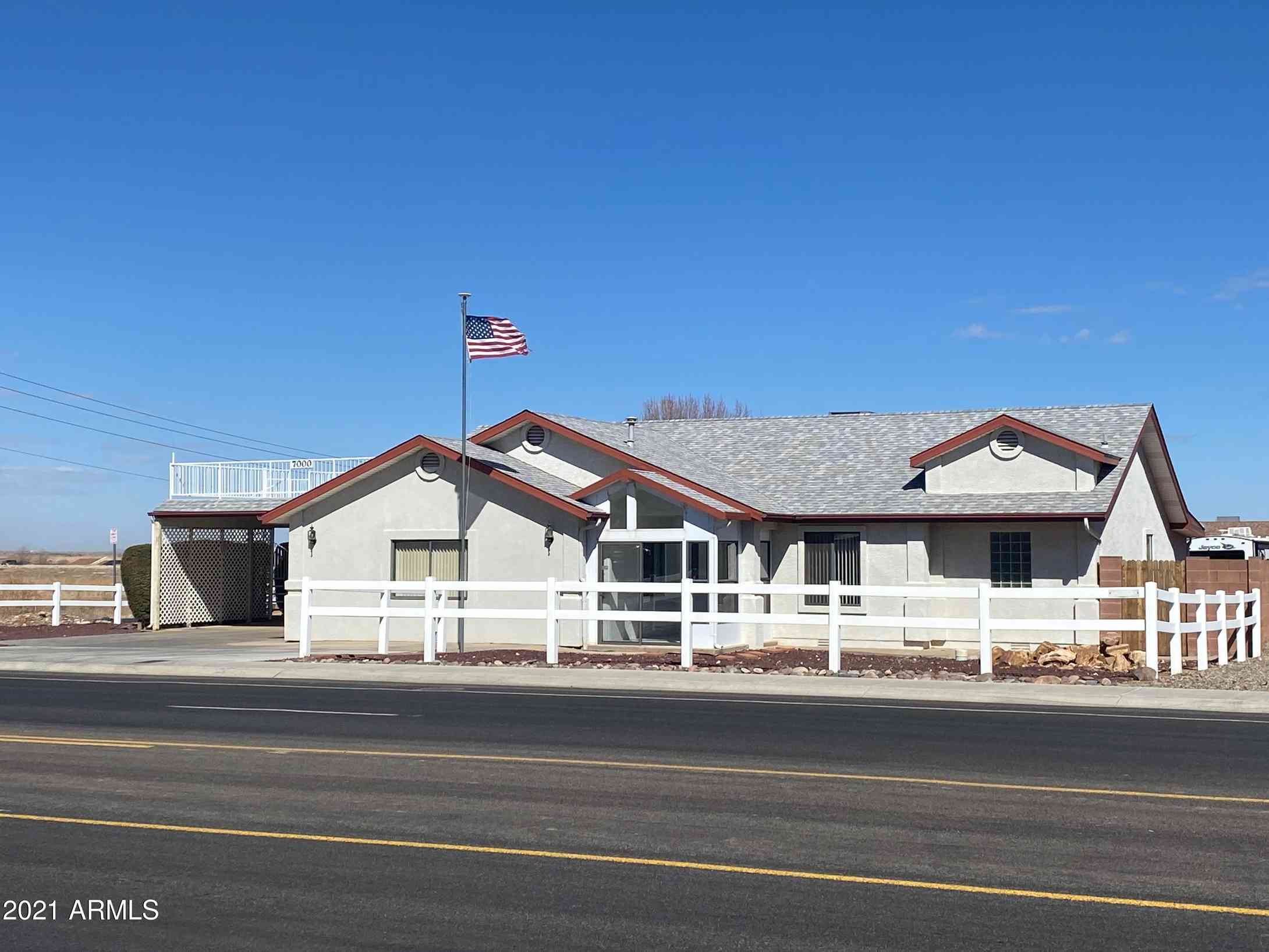 7000 E LONG LOOK Drive, Prescott Valley, AZ, 86314,