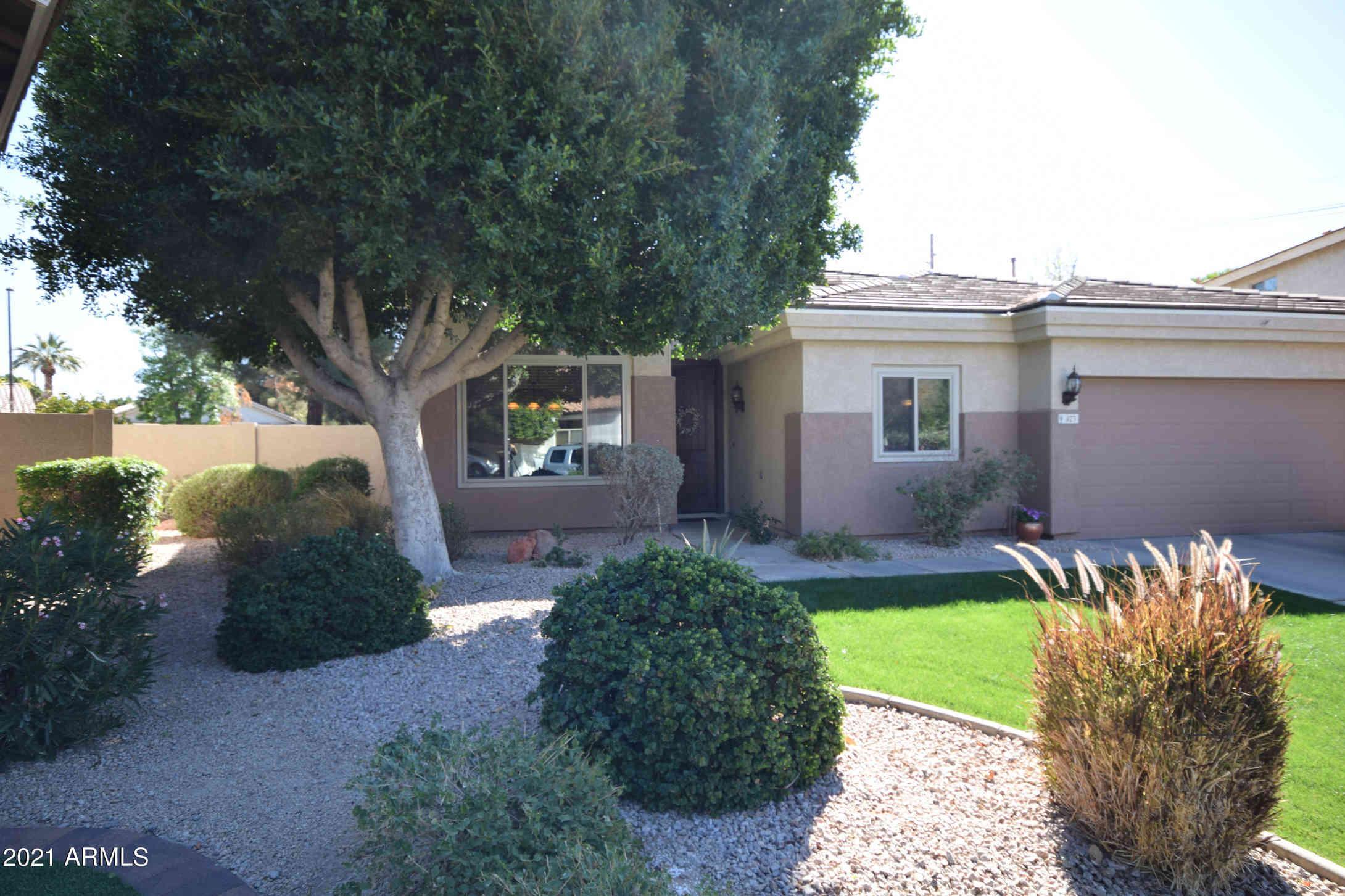827 N DATE PALM Drive, Gilbert, AZ, 85234,