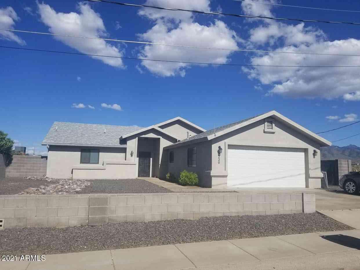 3220 N DIAMOND Street, Kingman, AZ, 86401,