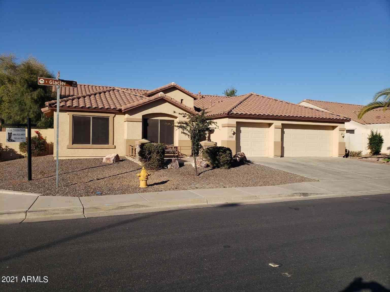 722 E GLACIER Drive, Chandler, AZ, 85249,