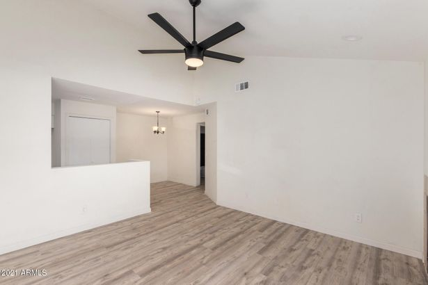 533 W GUADALUPE Road #2129