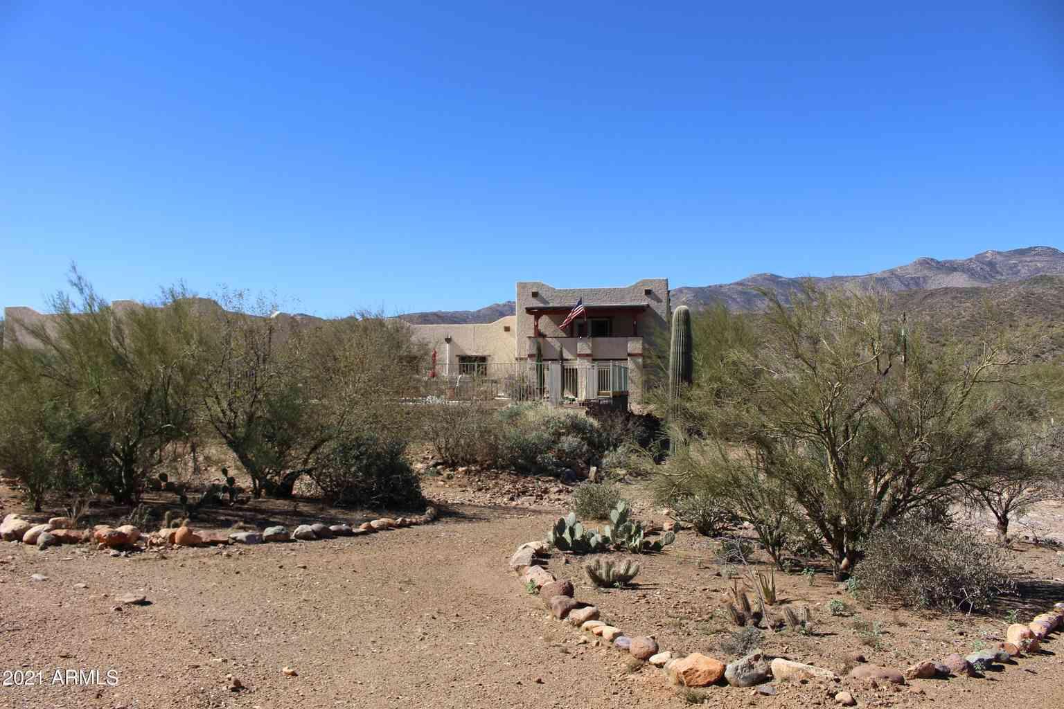32129 S MAGGIE MINE Road, Black Canyon City, AZ, 85324,