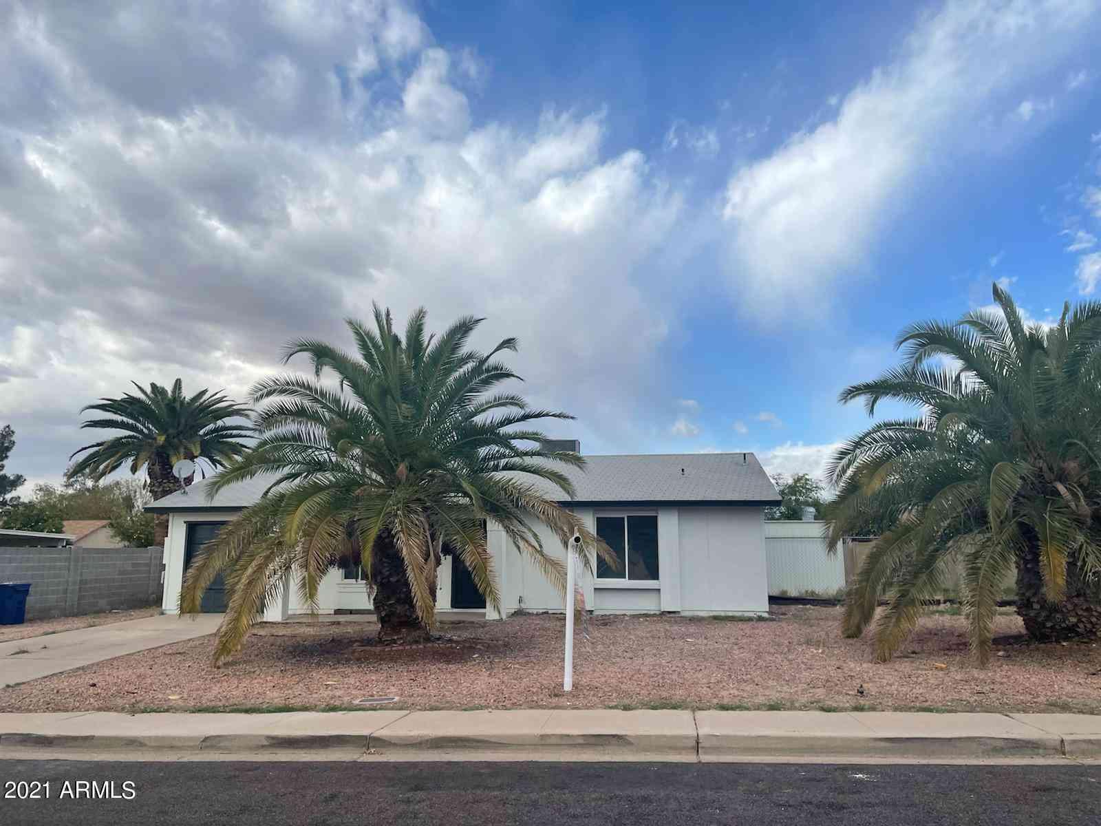 2846 E INVERNESS Avenue, Mesa, AZ, 85204,