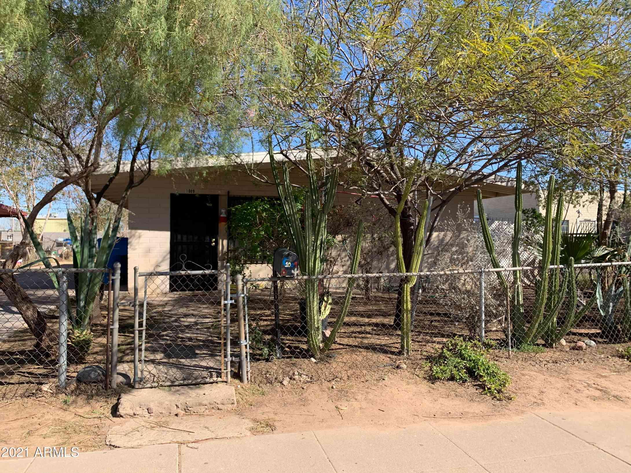 1009 S 3RD Street, Phoenix, AZ, 85004,