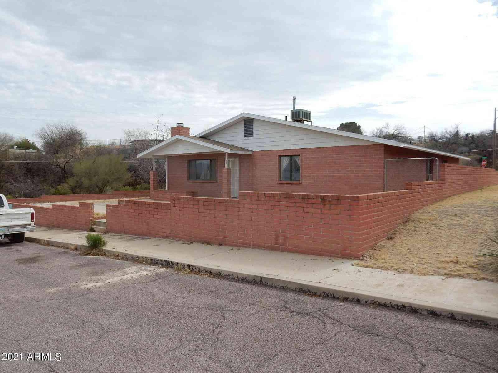 133 W COTTAGE GROVE Avenue, Benson, AZ, 85602,