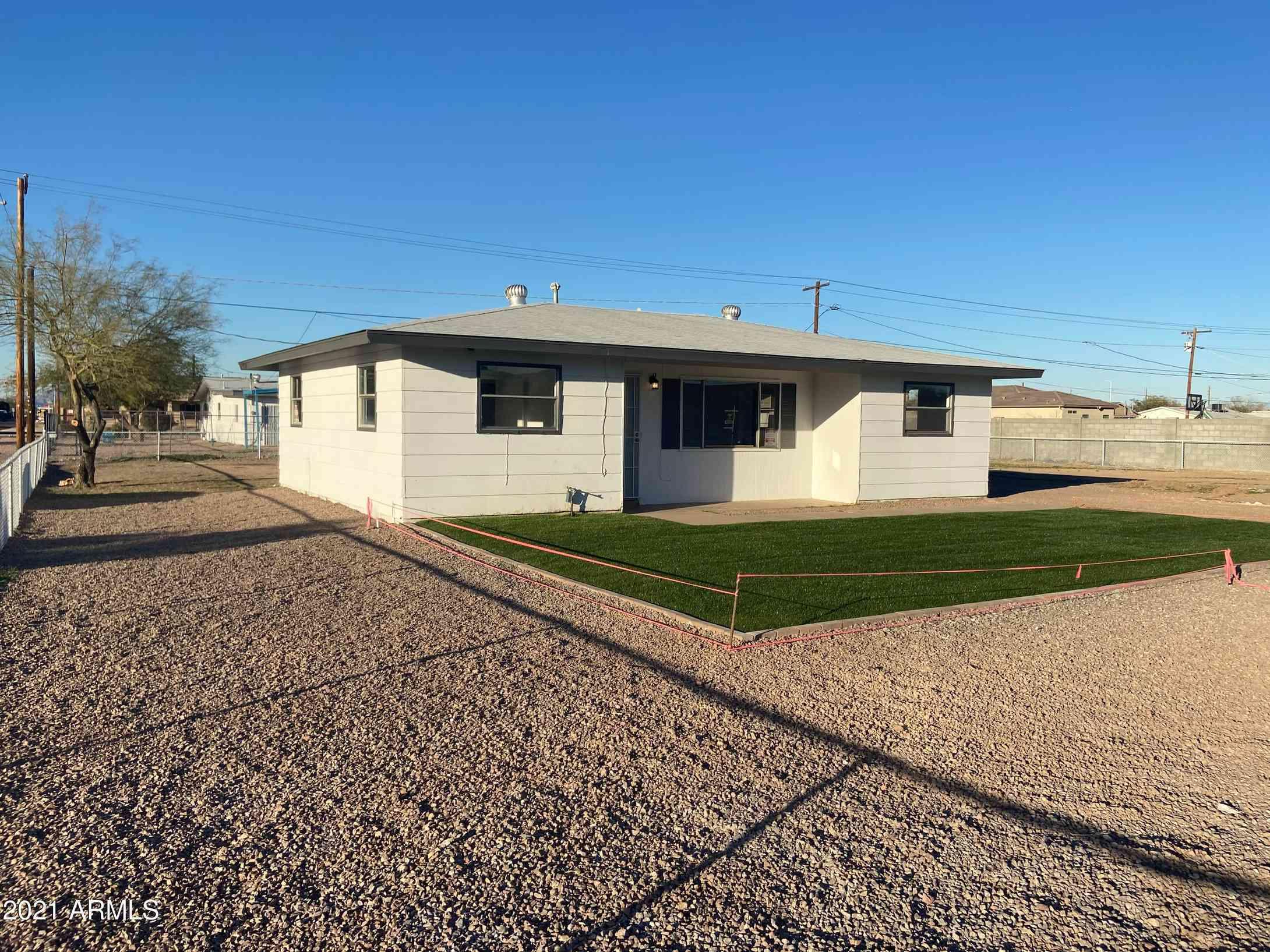 2702 E ROESER Road, Phoenix, AZ, 85040,