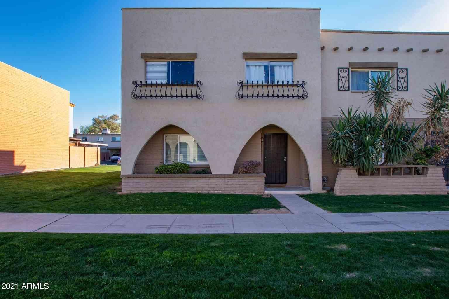 3872 N 30TH Street, Phoenix, AZ, 85016,