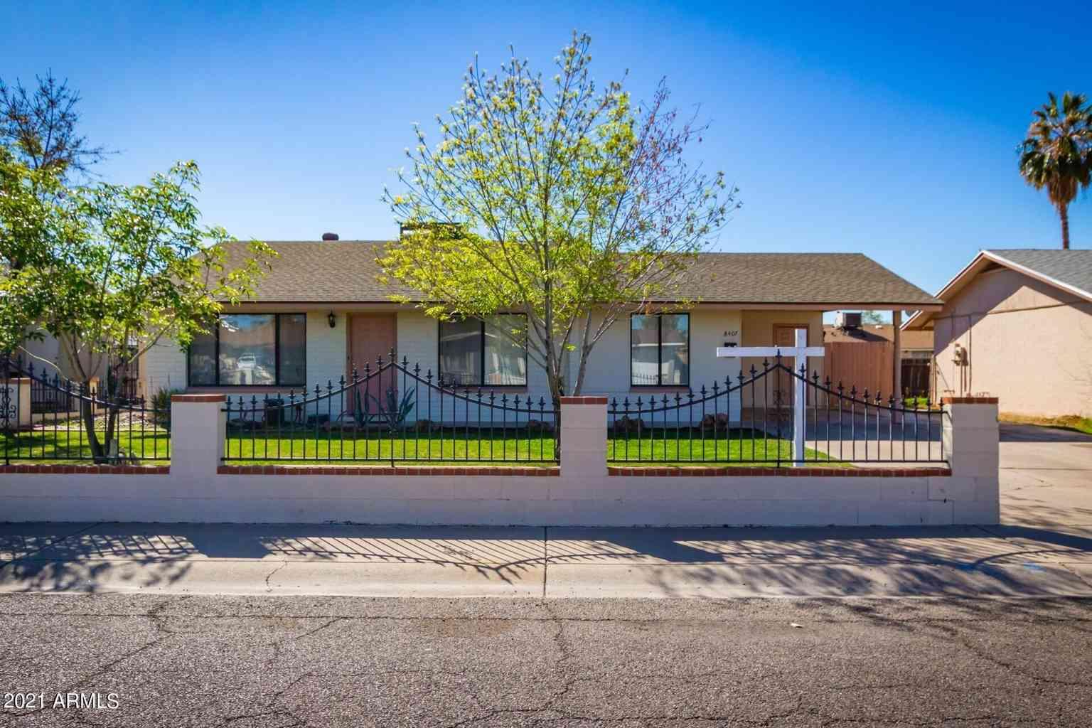 8407 W GLENROSA Avenue, Phoenix, AZ, 85037,