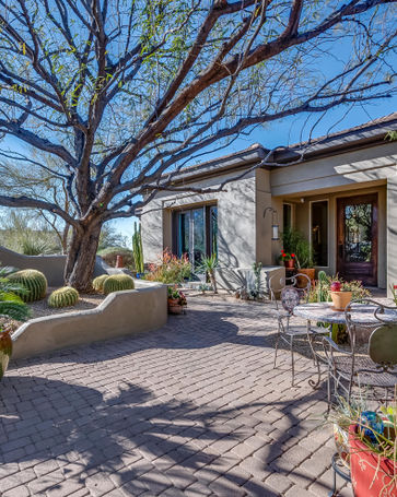 11562 E CAVEDALE Drive Scottsdale, AZ, 85262