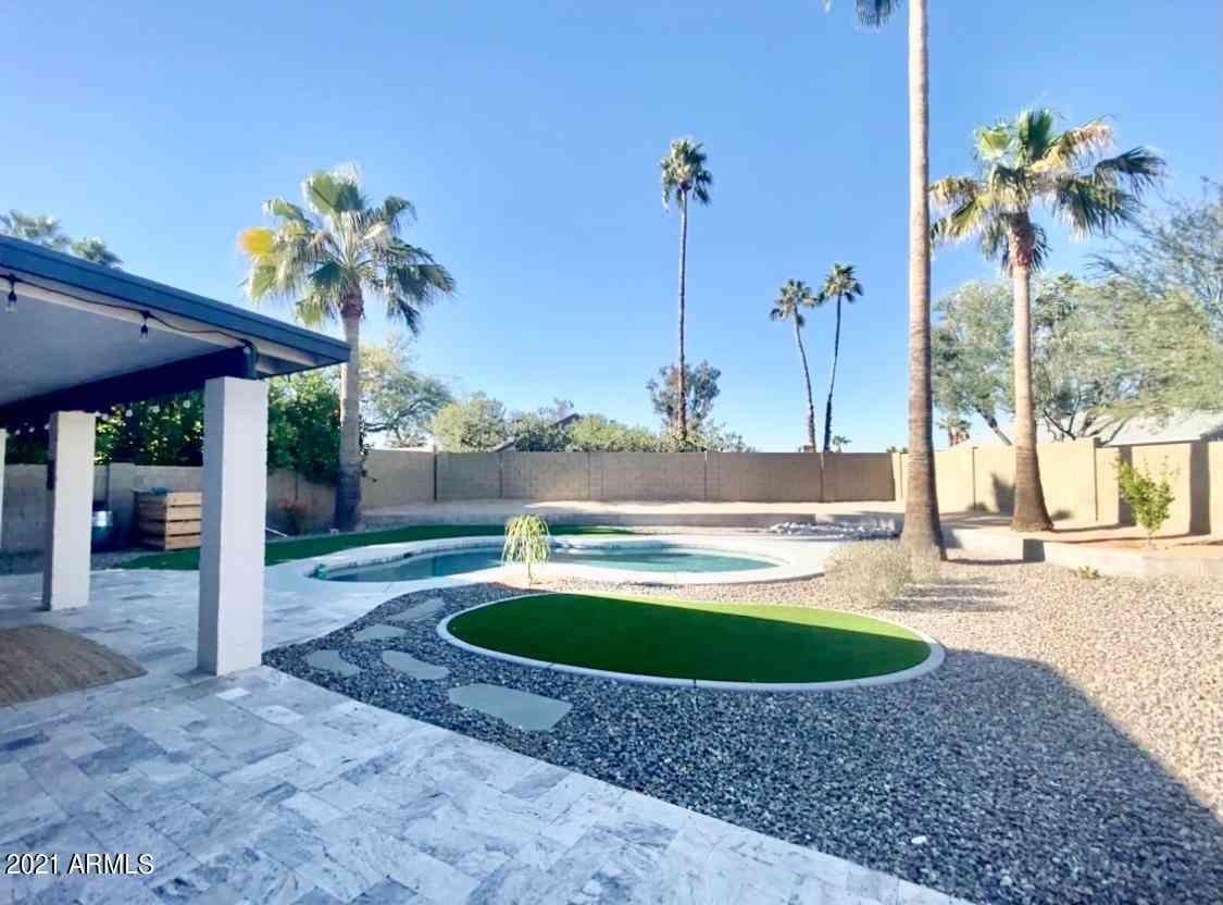 4424 E ACOMA Drive, Phoenix, AZ, 85032,
