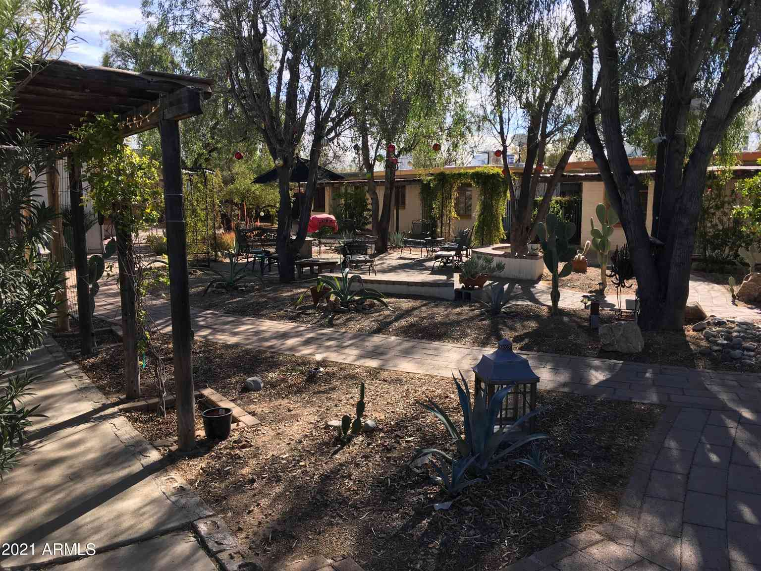 2732 N COUNTRY CLUB Road, Tucson, AZ, 85716,
