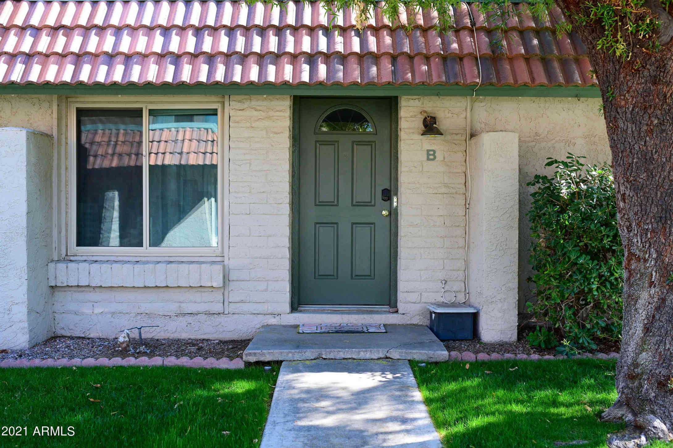 5606 S HURRICANE Court #B, Tempe, AZ, 85283,