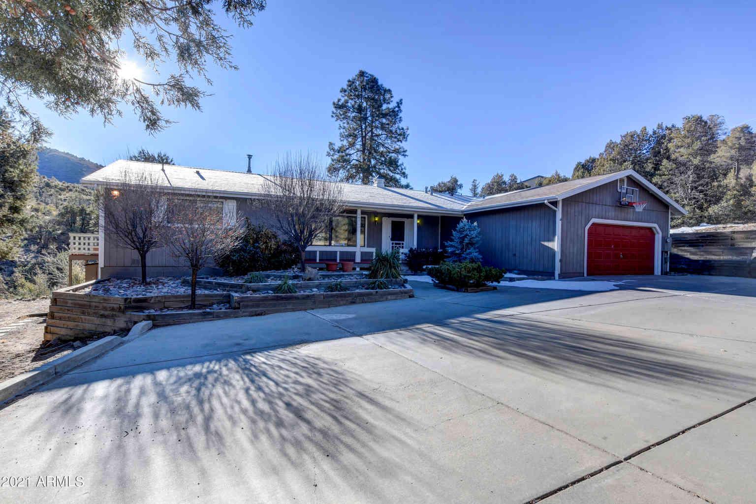 561 S WALNUT COVE Trail, Prescott, AZ, 86303,
