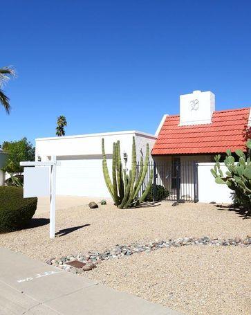 512 E CALAVAR Road Phoenix, AZ, 85022