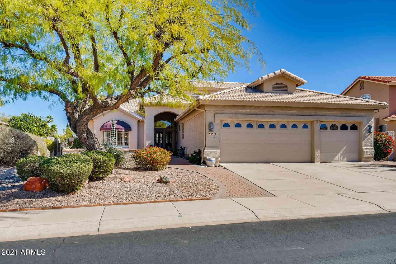5673 S AMBERWOOD Drive, Chandler, AZ, 85248,