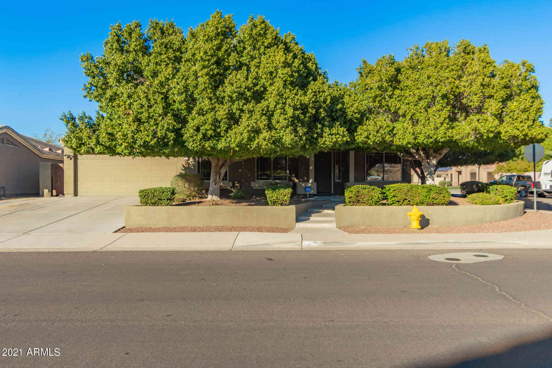 8356 W BERRIDGE Lane, Glendale, AZ, 85305,