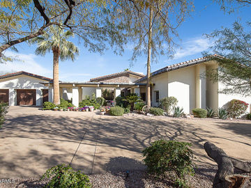 6105 N PALO CRISTI Road, Paradise Valley, AZ, 85253,