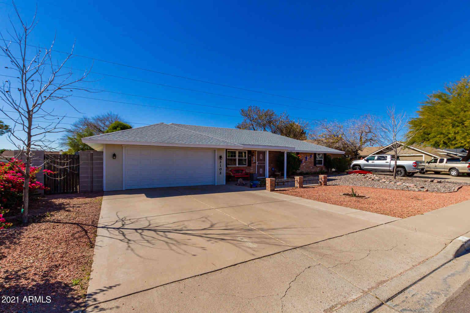 2102 N LAZONA Drive, Mesa, AZ, 85203,