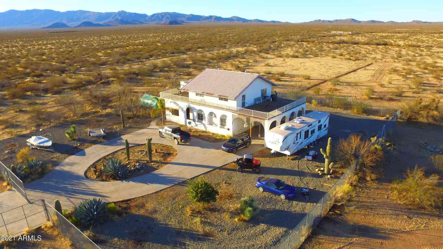 42640 W SMITH PEAK VW Road, Aguila, AZ, 85320,