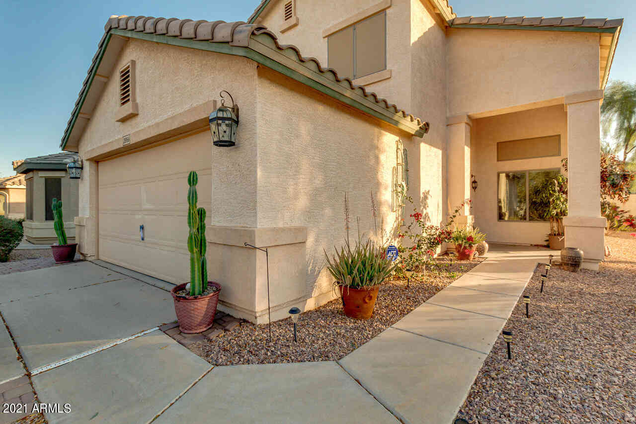 28956 N COAL Avenue, San Tan Valley, AZ, 85143,