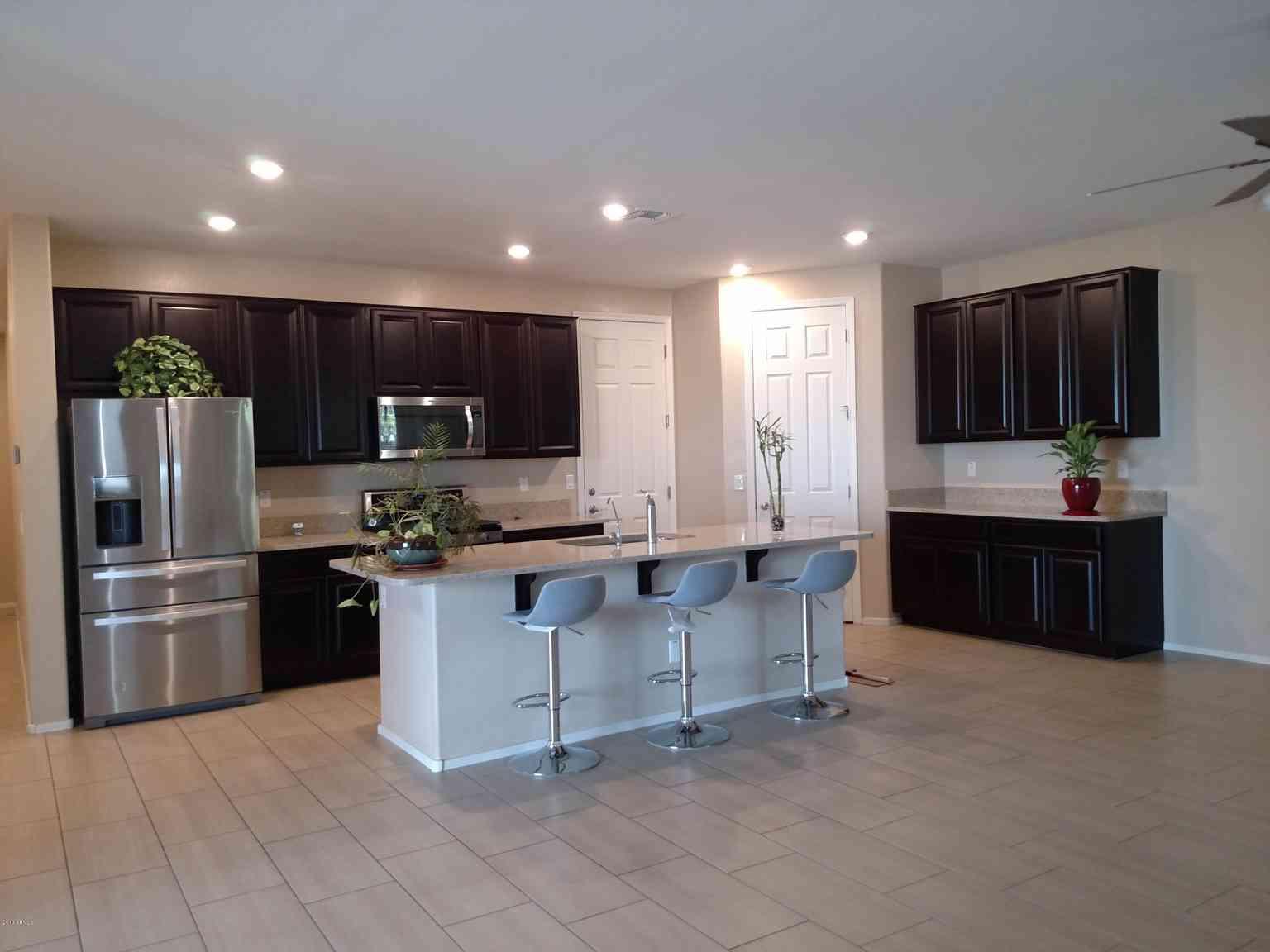 2936 S WASHINGTON Street, Chandler, AZ, 85286,