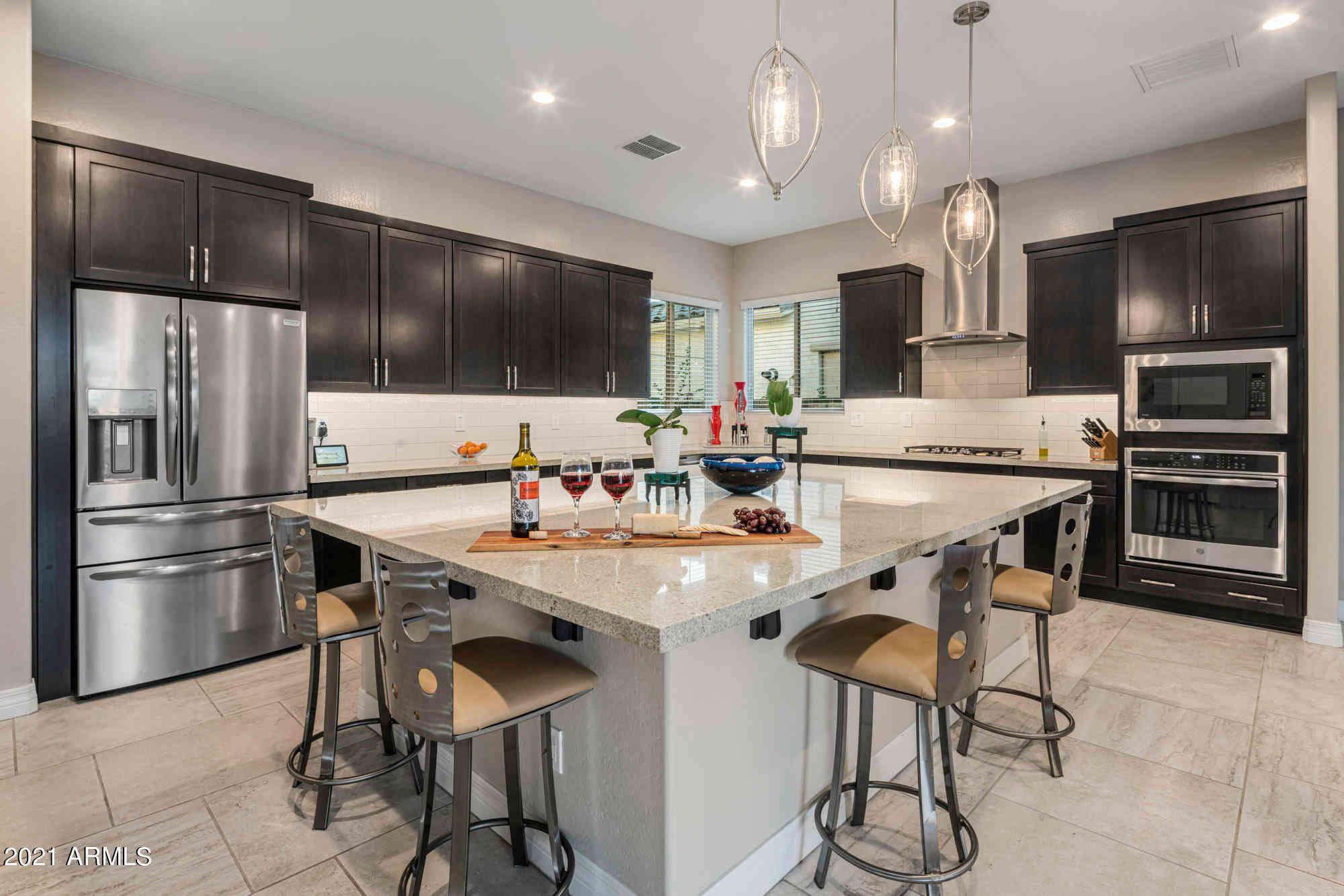 2946 E ROBIN Lane, Phoenix, AZ, 85050,