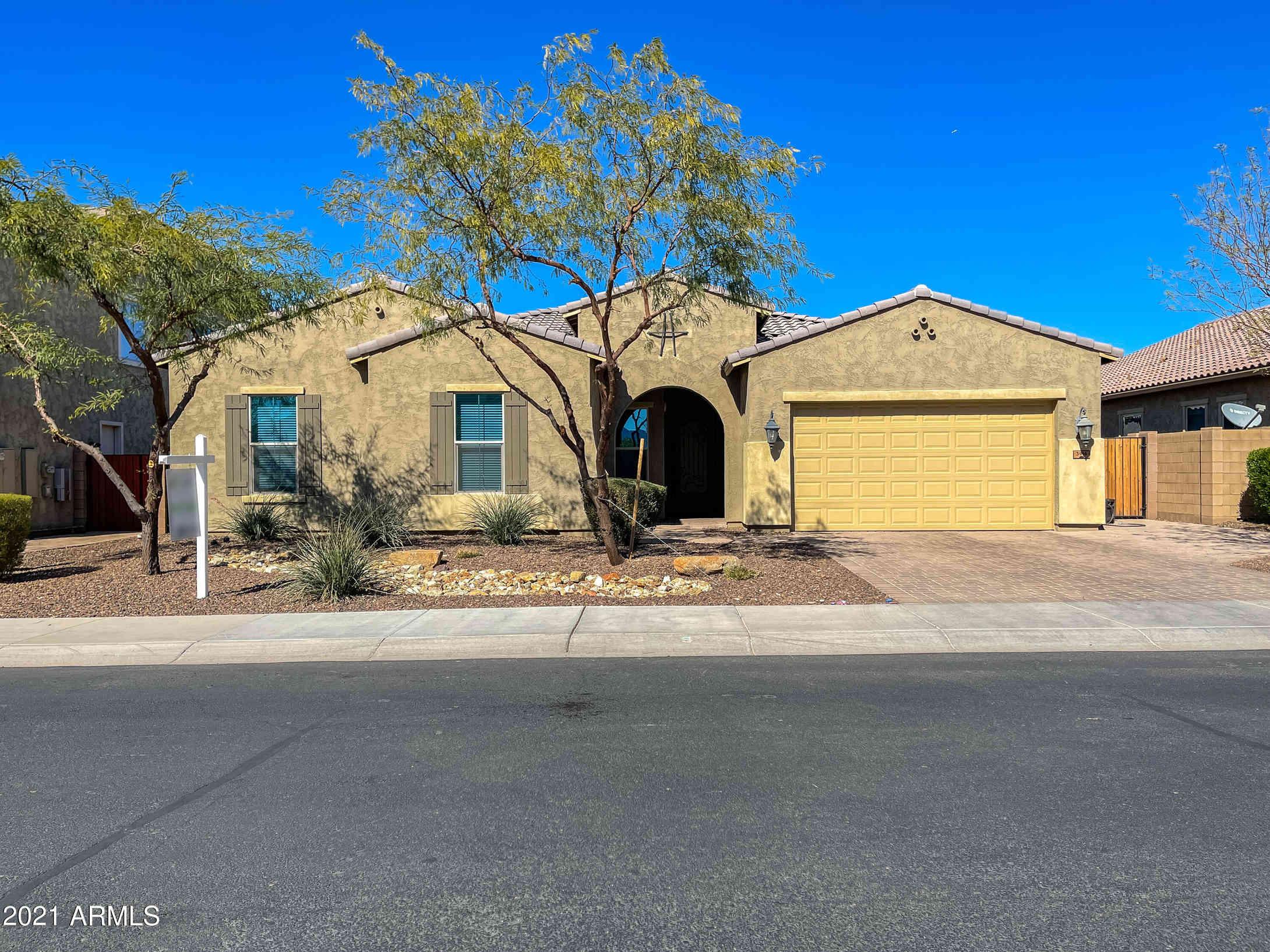 3916 E CASSIA Lane, Gilbert, AZ, 85298,