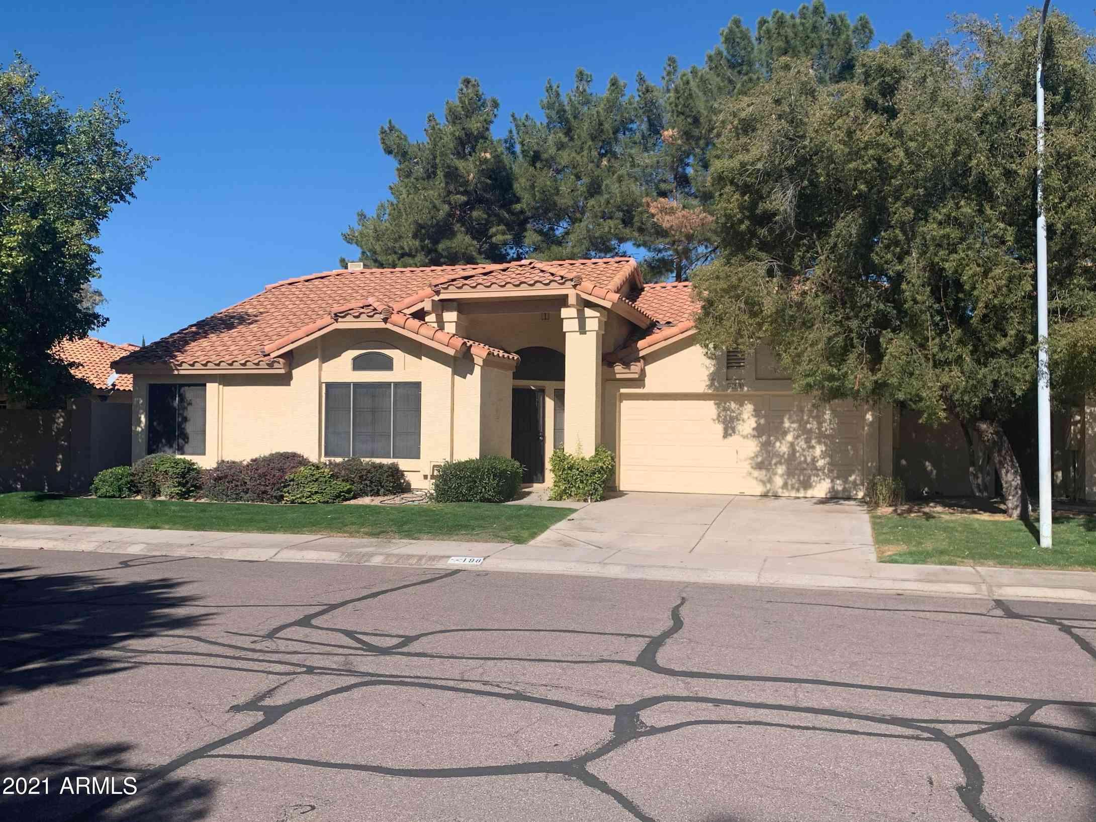198 W KNOX Road, Tempe, AZ, 85284,