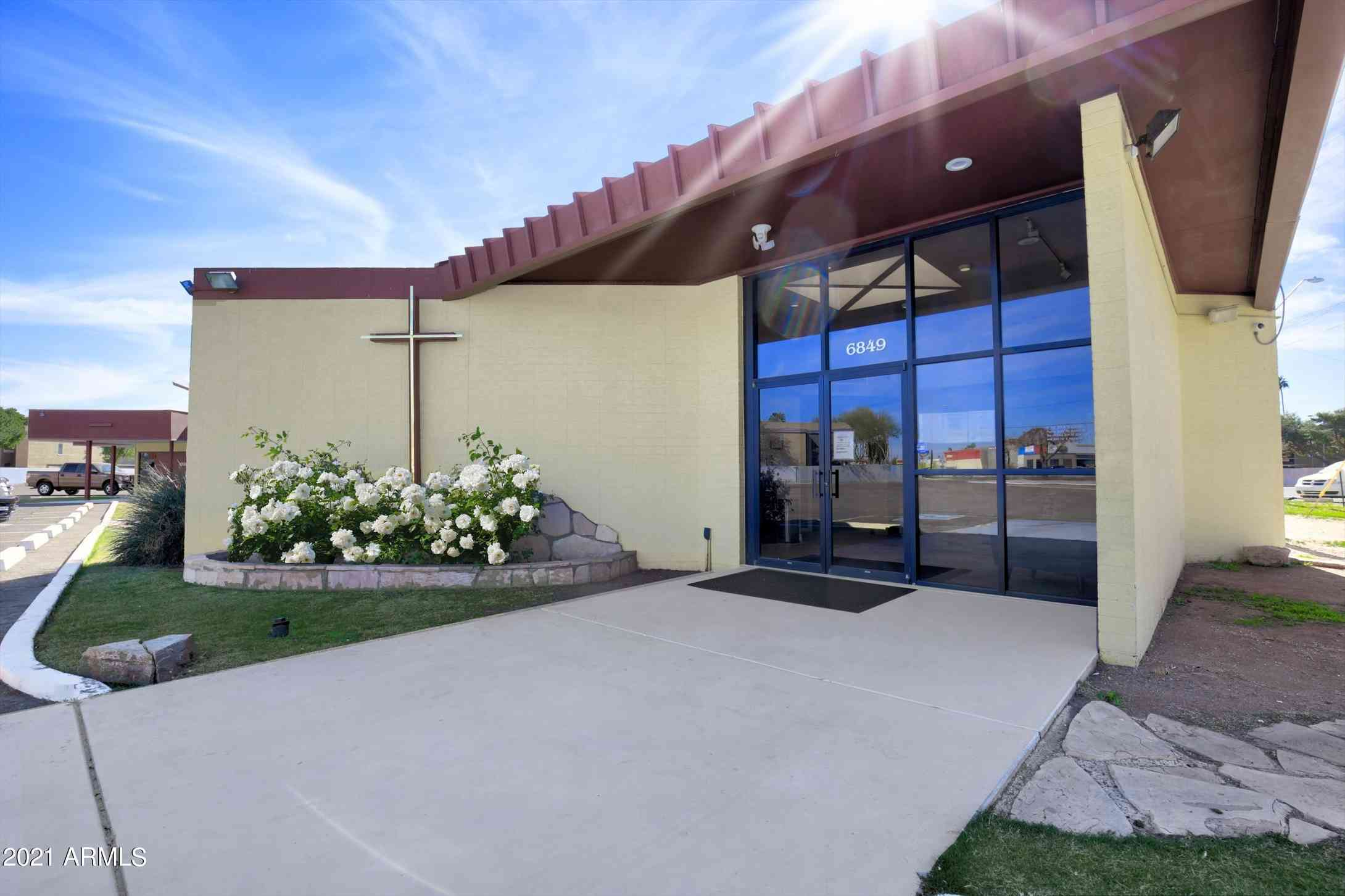 6849 W INDIAN SCHOOL Road, Phoenix, AZ, 85033,