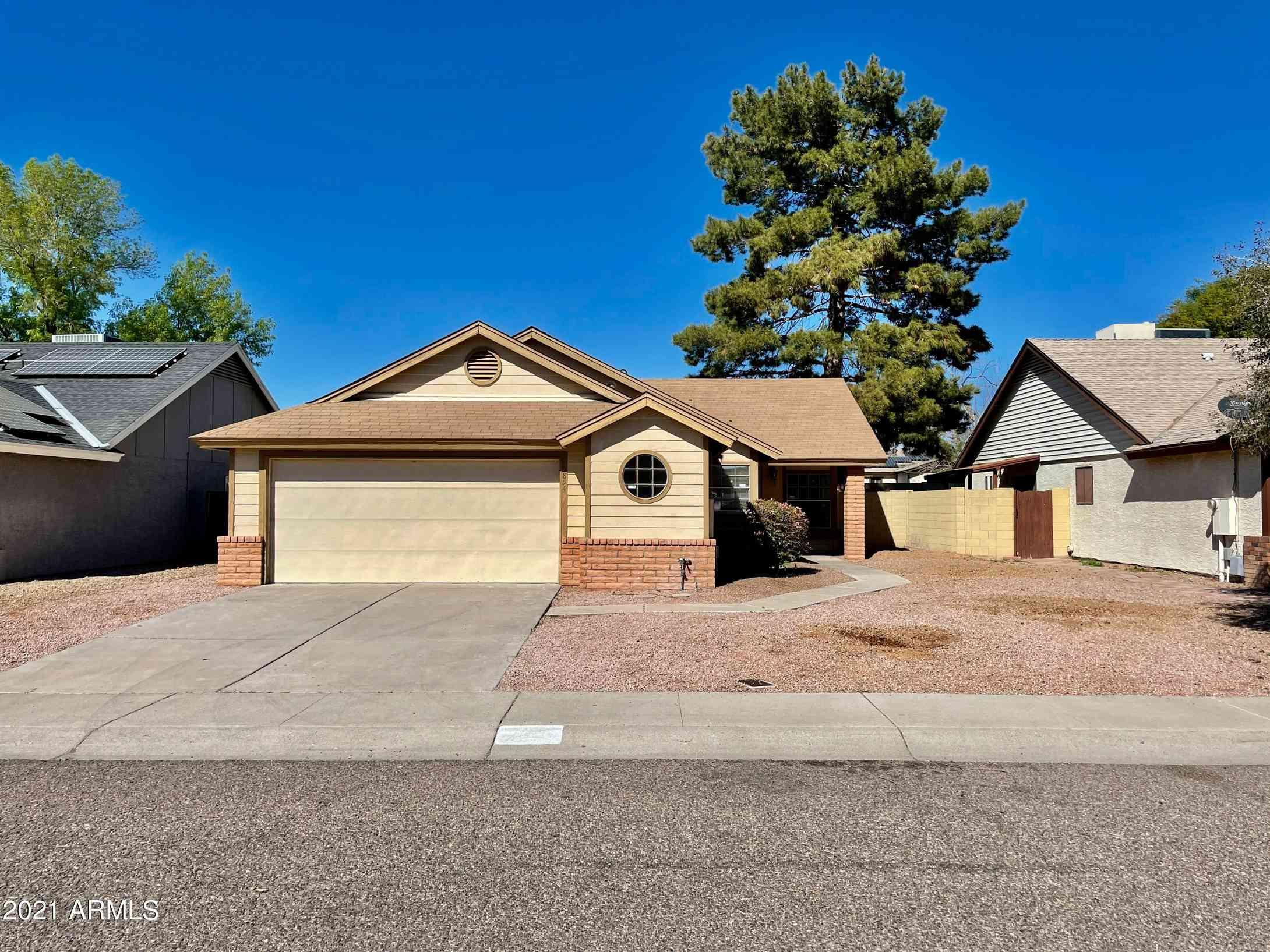 3854 E Whitney Lane, Phoenix, AZ, 85032,