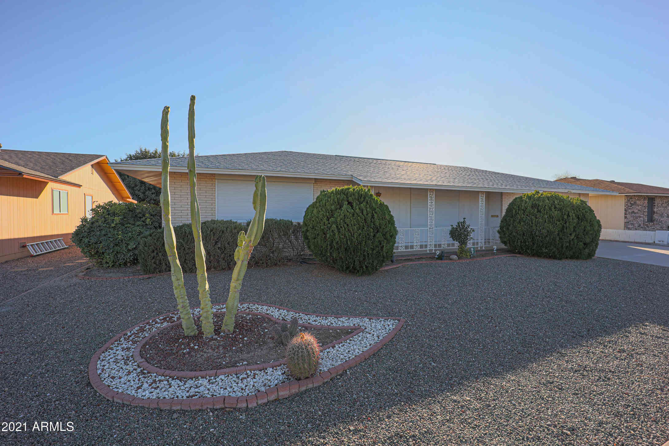 10247 W OAK RIDGE Drive, Sun City, AZ, 85351,