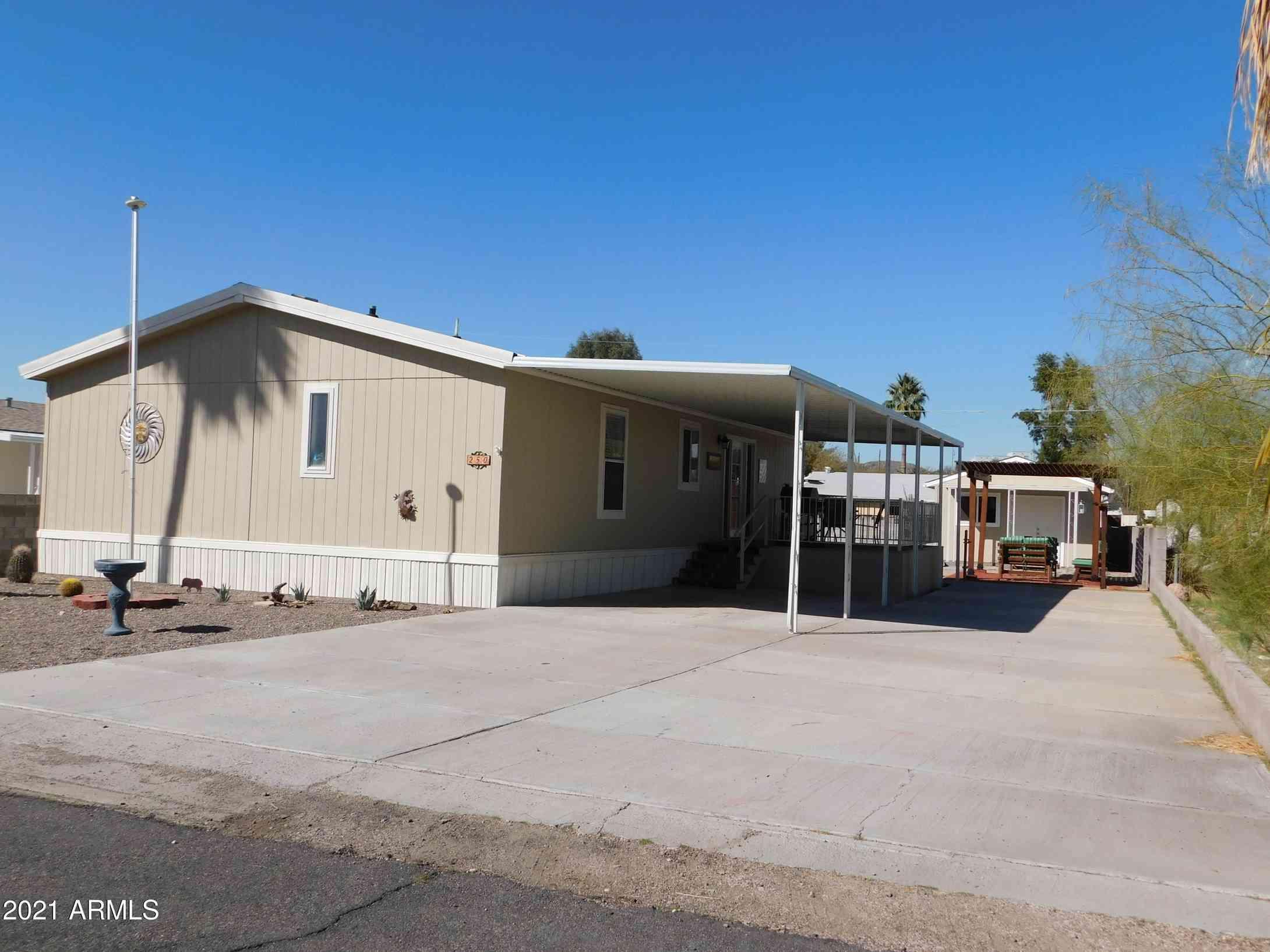 250 E DIANE Drive, Queen Valley, AZ, 85118,