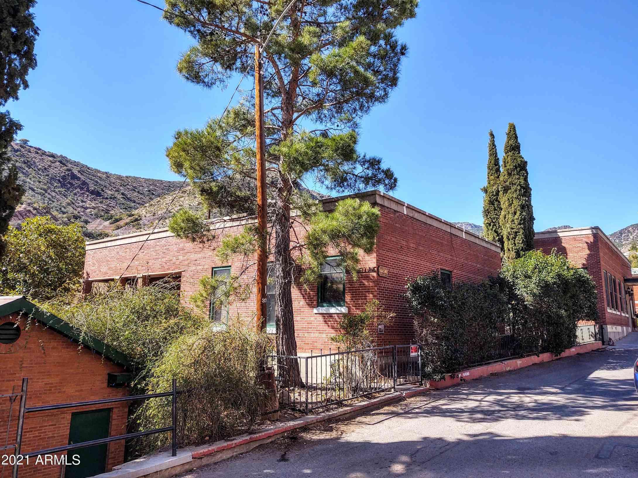 18 Howell Avenue, Bisbee, AZ, 85603,