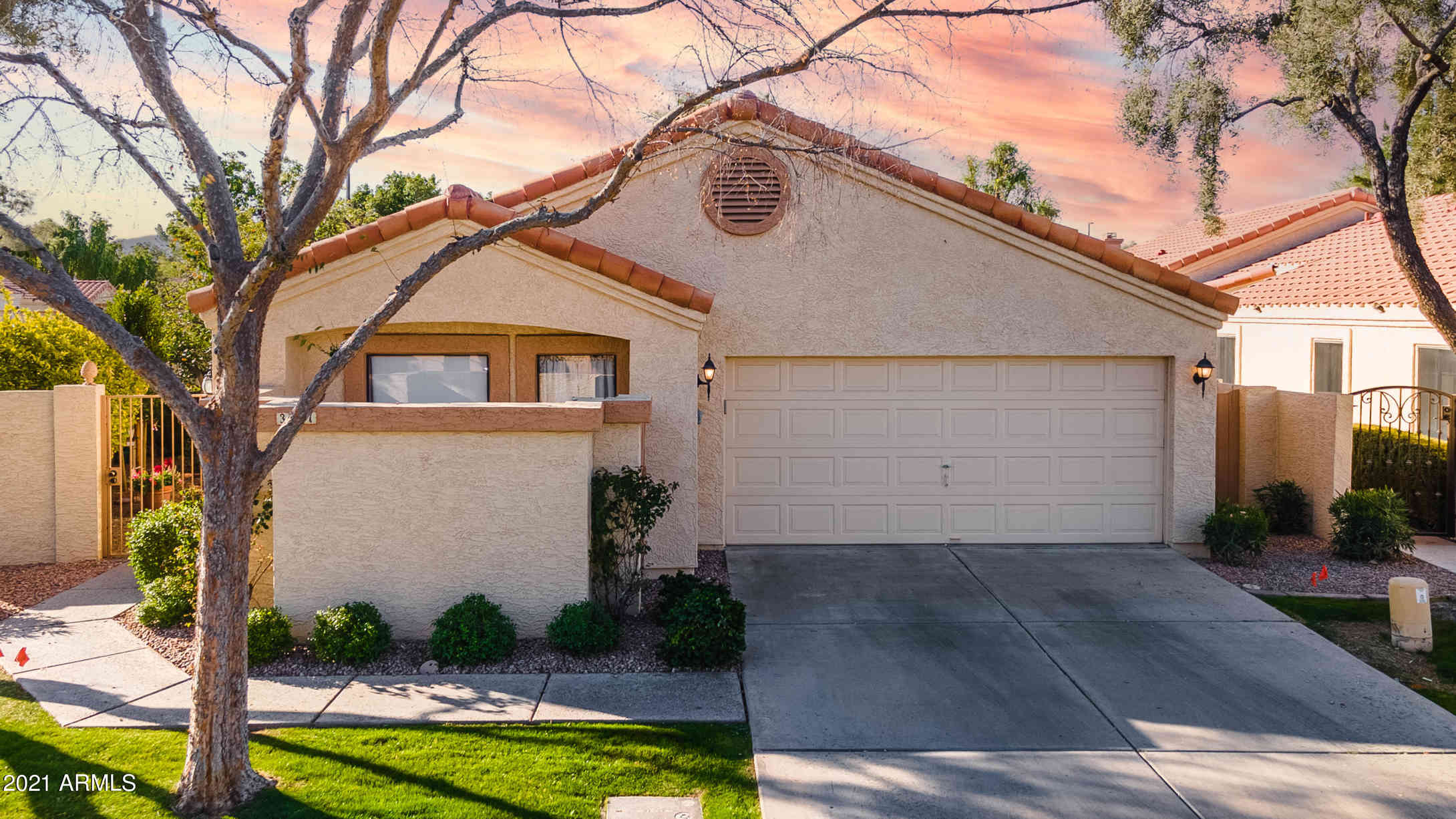 341 E STONEBRIDGE Drive, Gilbert, AZ, 85234,