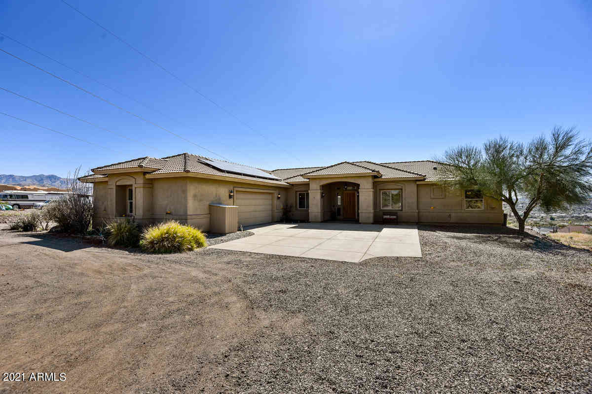 19257 E SCENIC LOOP Road, Black Canyon City, AZ, 85324,