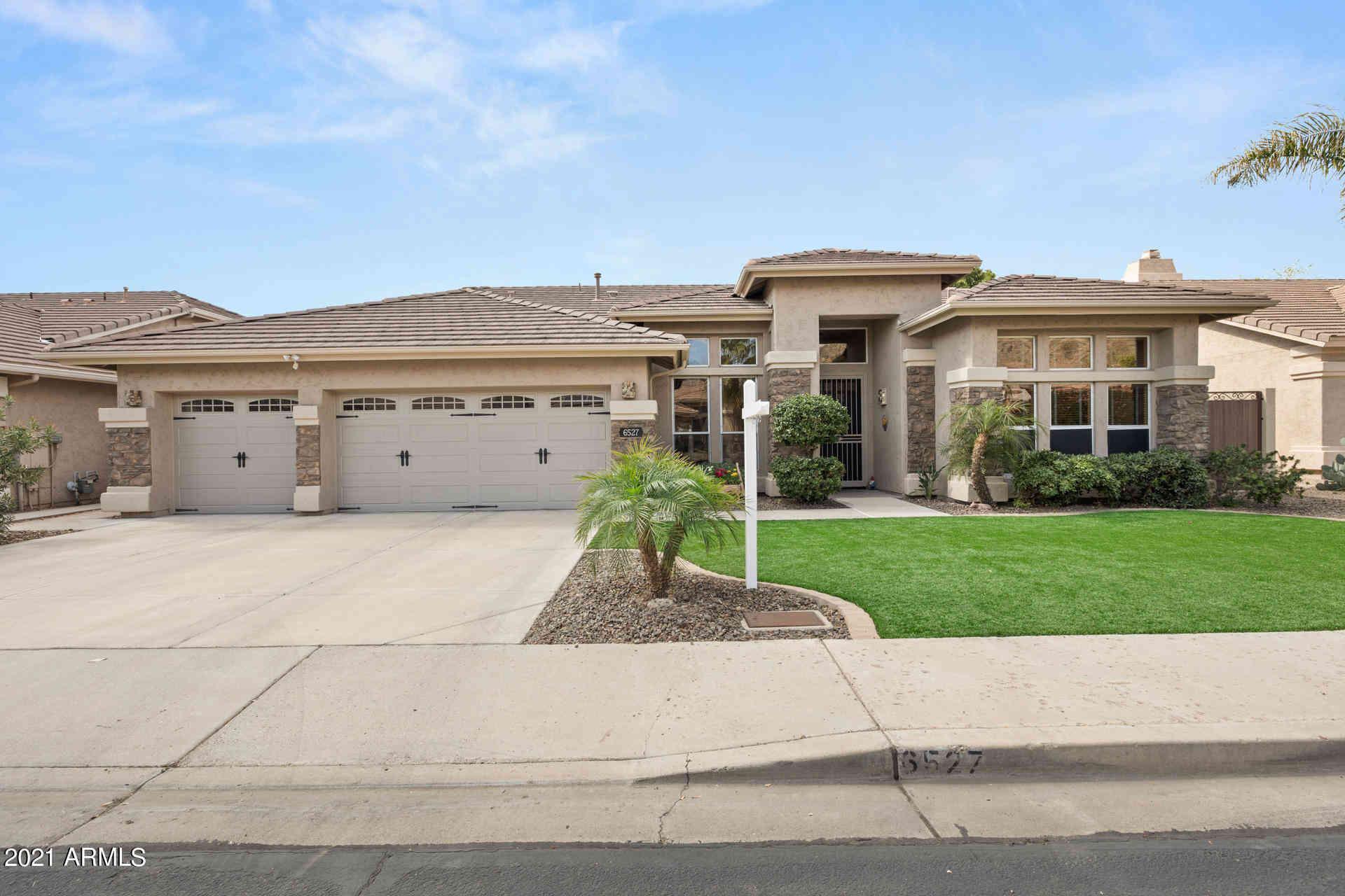 6527 W Robin Lane, Glendale, AZ, 85310,