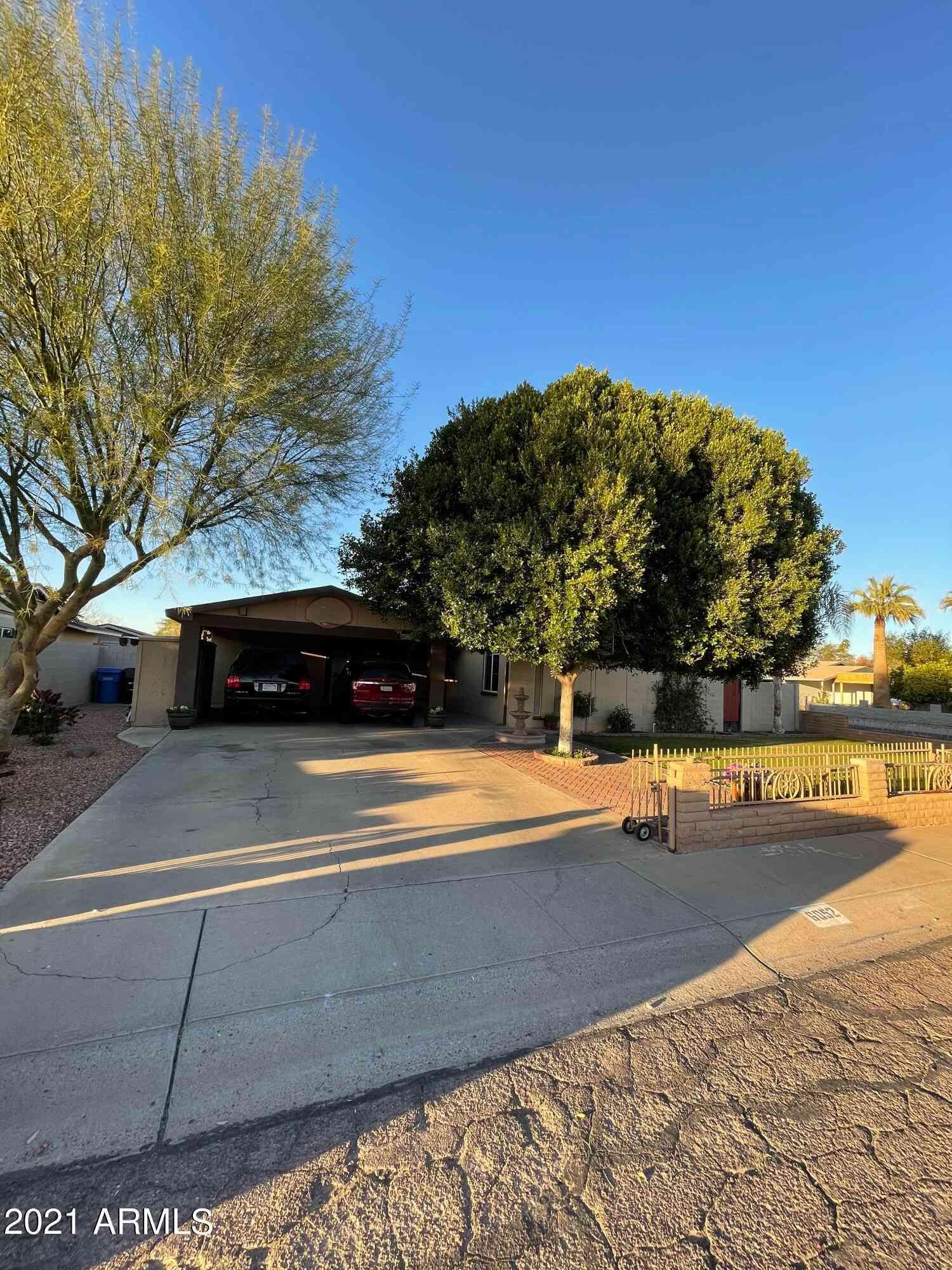 6052 W CRITTENDEN Lane, Phoenix, AZ, 85033,