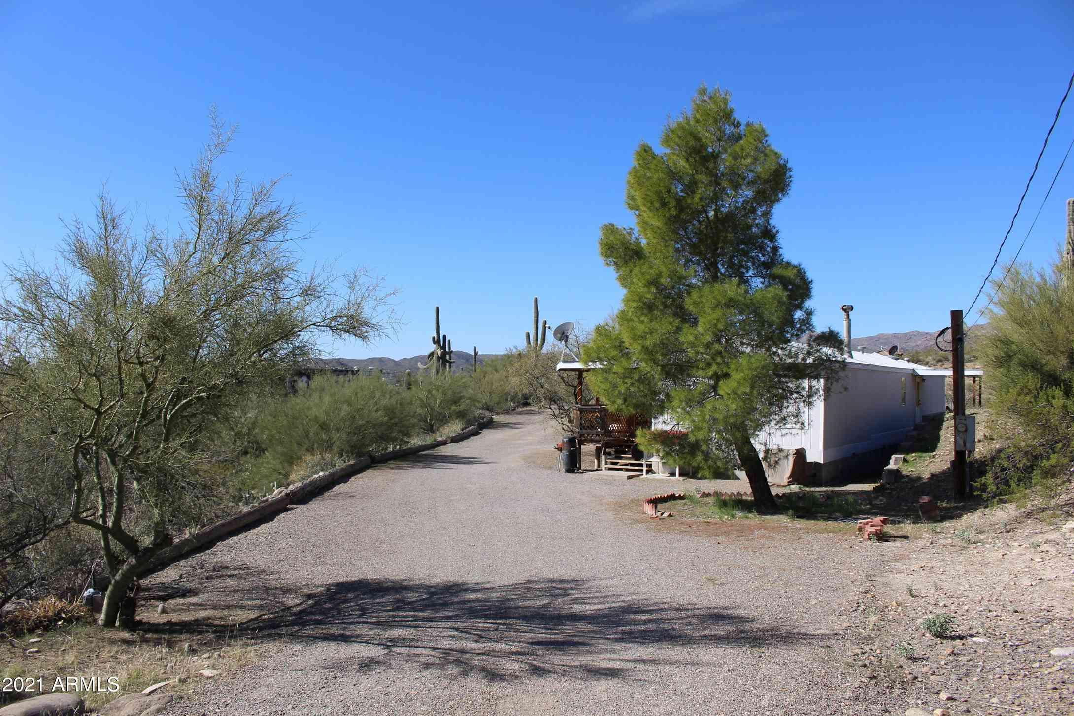19725 E SQUAW VALLEY Road, Black Canyon City, AZ, 85324,