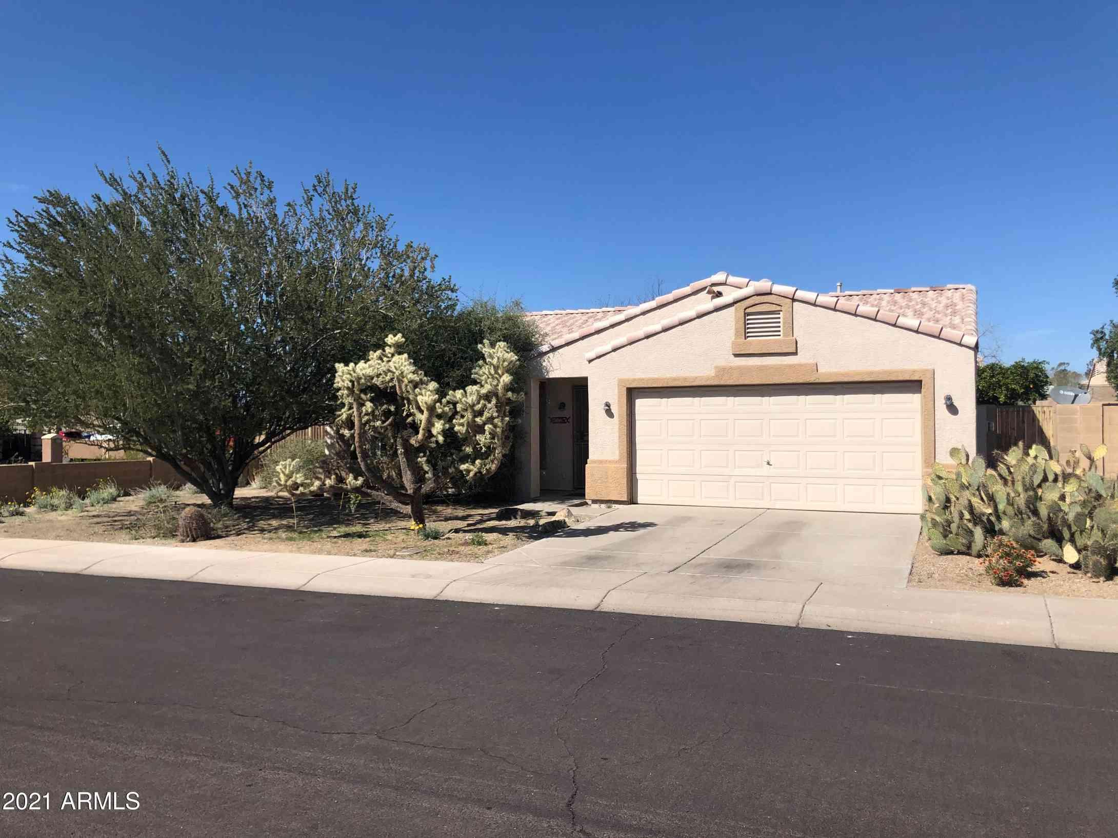 2602 E HELENA Drive, Phoenix, AZ, 85032,